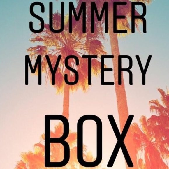 ✰JUST FOR YOU✰ MYSTERY BOX 6-8 pcs summer clothing